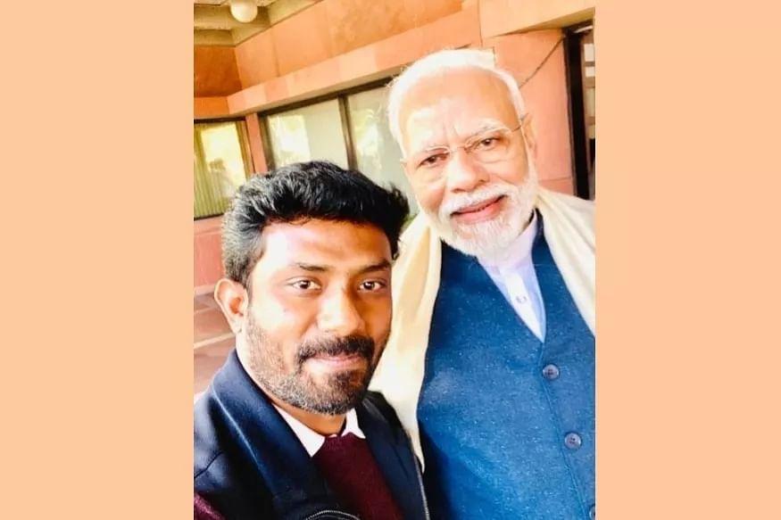 மோடியுடன் ரவீந்திரநாத் குமார்