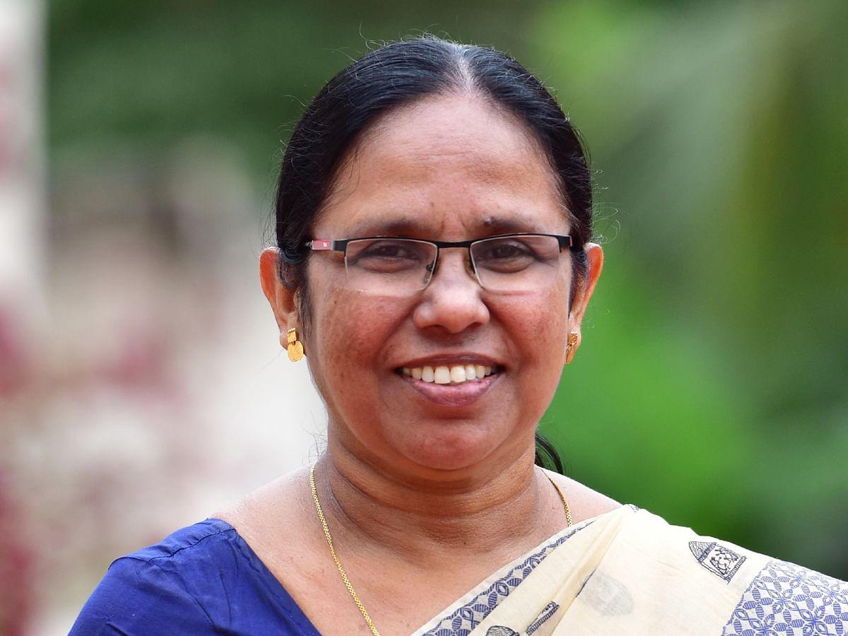 கேரளா:`கோவிட் ராணி, நிபா ராஜகுமாரி!' -அமைச்சரை வம்பிழுத்த காங்கிரஸ் தலைவர்