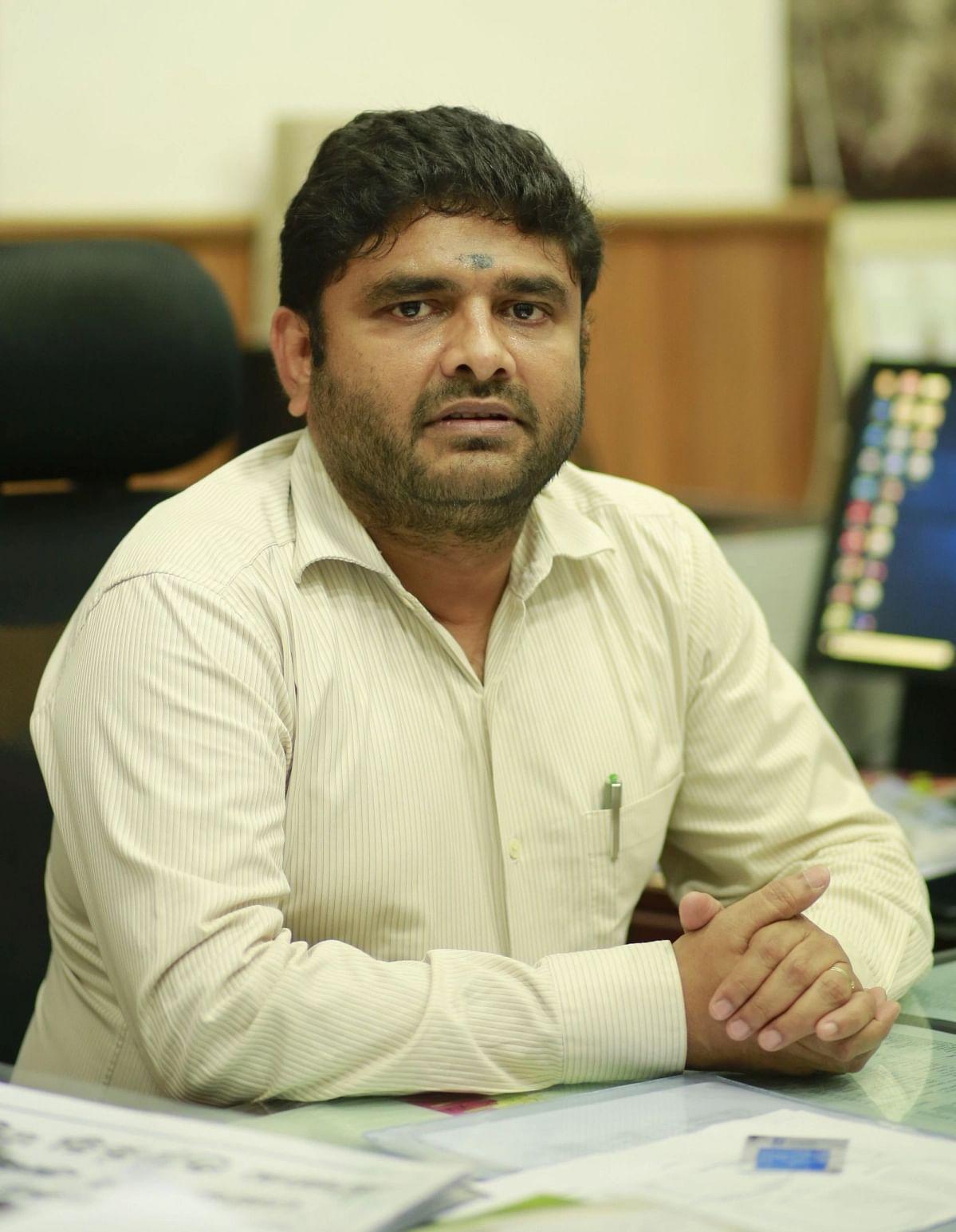 Chennai corporation commissioner prakash