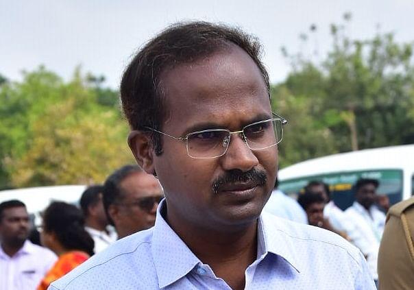விழுப்புரம் மாவட்ட ஆட்சியர் அண்ணாதுரை