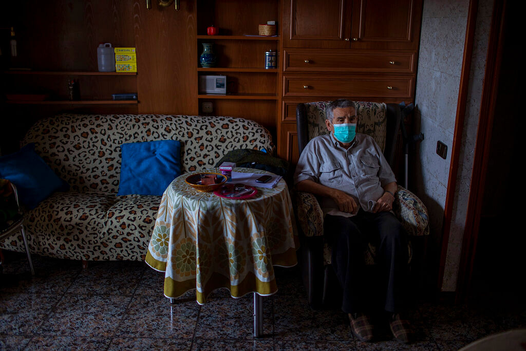 Quarantine | தனிமைப்படுத்தப்பட்டவர் - Representational Image