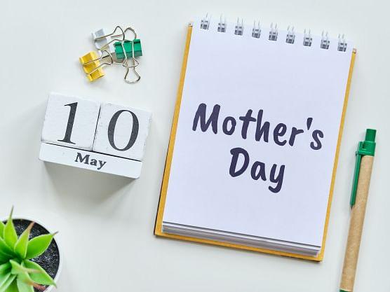 """``அம்மாவேதான் எப்பவும் நம்மைப் பார்த்துக்கணுமா... நாங்க பார்த்துக்குறோம் எங்கம்மாவை!"""" #MothersDay"""