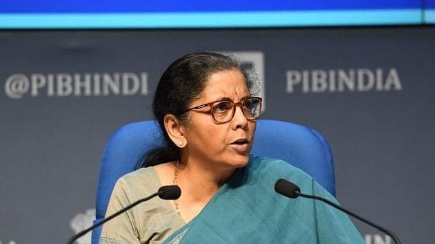 நிதியமைச்சர் நிர்மலா சீதாராமன்