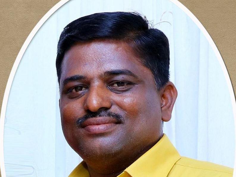 `ஒரு நிமிடம்தான்..!' - திருவள்ளூர் டு பீகார் ரயில் புறப்படுவதற்குள் டி.டி.ஆருக்கு நேர்ந்த சோகம்