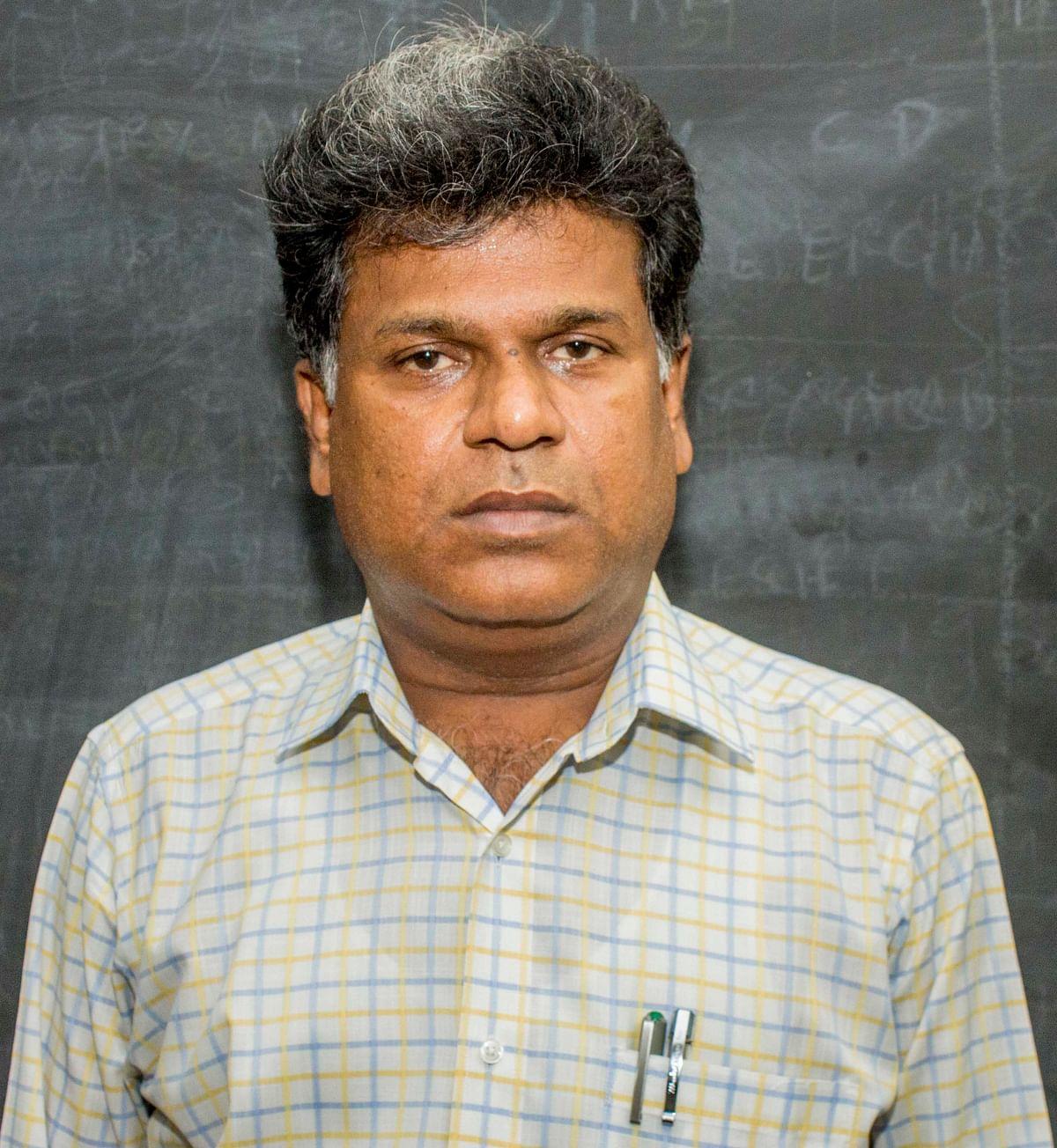தஞ்சை மாவட்ட முதன்மைக் கல்வி அலுவலர் ராமகிருஷ்ணன்