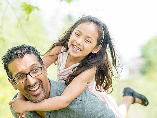 Father's Day: அற்புதங்களை நிகழ்த்தும் அப்பாவிற்கு ஒரு மகளின் அன்புக் கடிதம்!