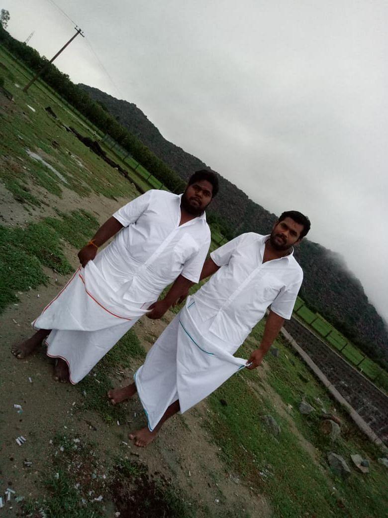 சந்தோஷ் குமார், தம்பி கெளரி சங்கர்