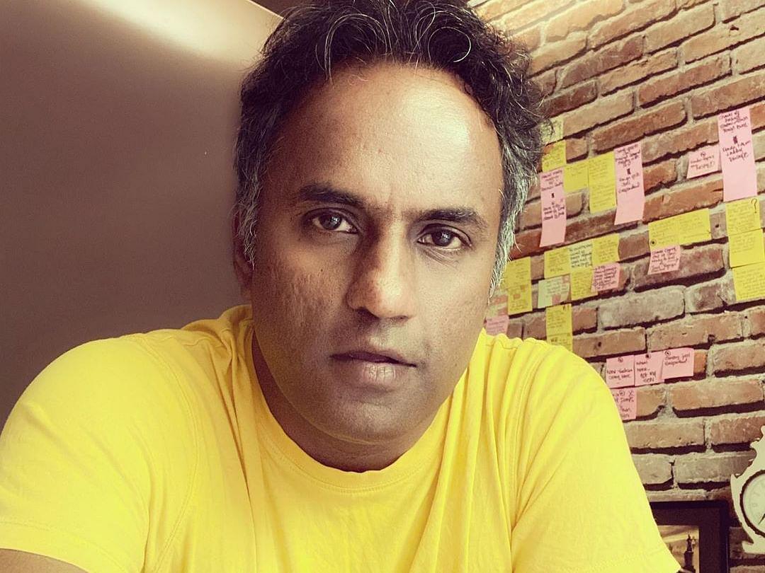 ``ஆமா...`ஜகமே தந்திரம்' படத்தை ஓடிடியில் கேட்டாங்க... ஜூலையில் பாருங்க?'' - தயாரிப்பாளர் சஷிகாந்த்