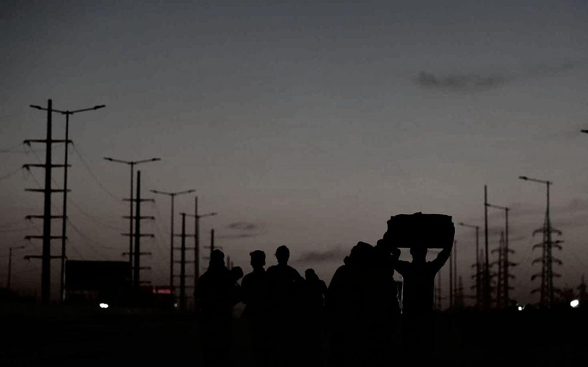 `மொபைல் சுவிட்ச் ஆஃப், கிணற்றில் 9 சடலங்கள்' - வடமாநில தொழிலாளர்கள் மரணத்தில் நீடிக்கும் மர்மம்