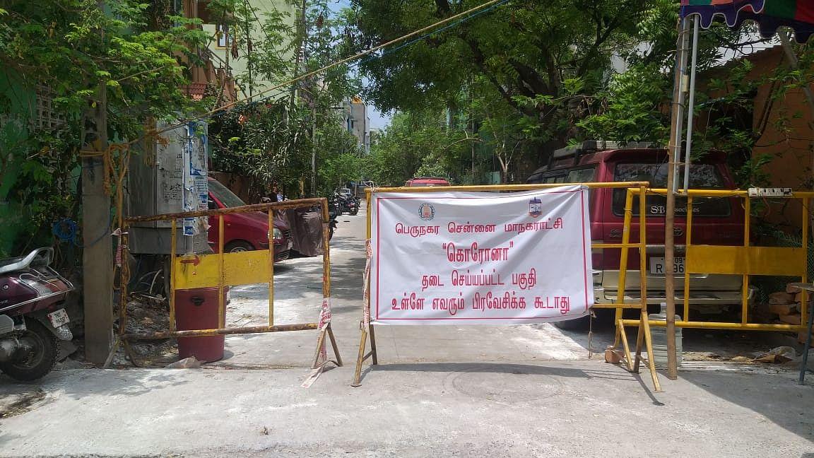 கொரோனா பாதிப்பால் வேளச்சேரியில் தடை செய்யப்பட்ட பகுதி