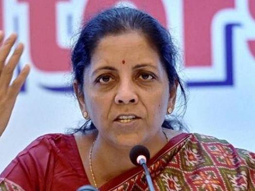 நிர்மலா சீதாராமன்: ட்விட்டரில் டிரெண்ட் ஆன #ResignNirmala... என்ன காரணம்?