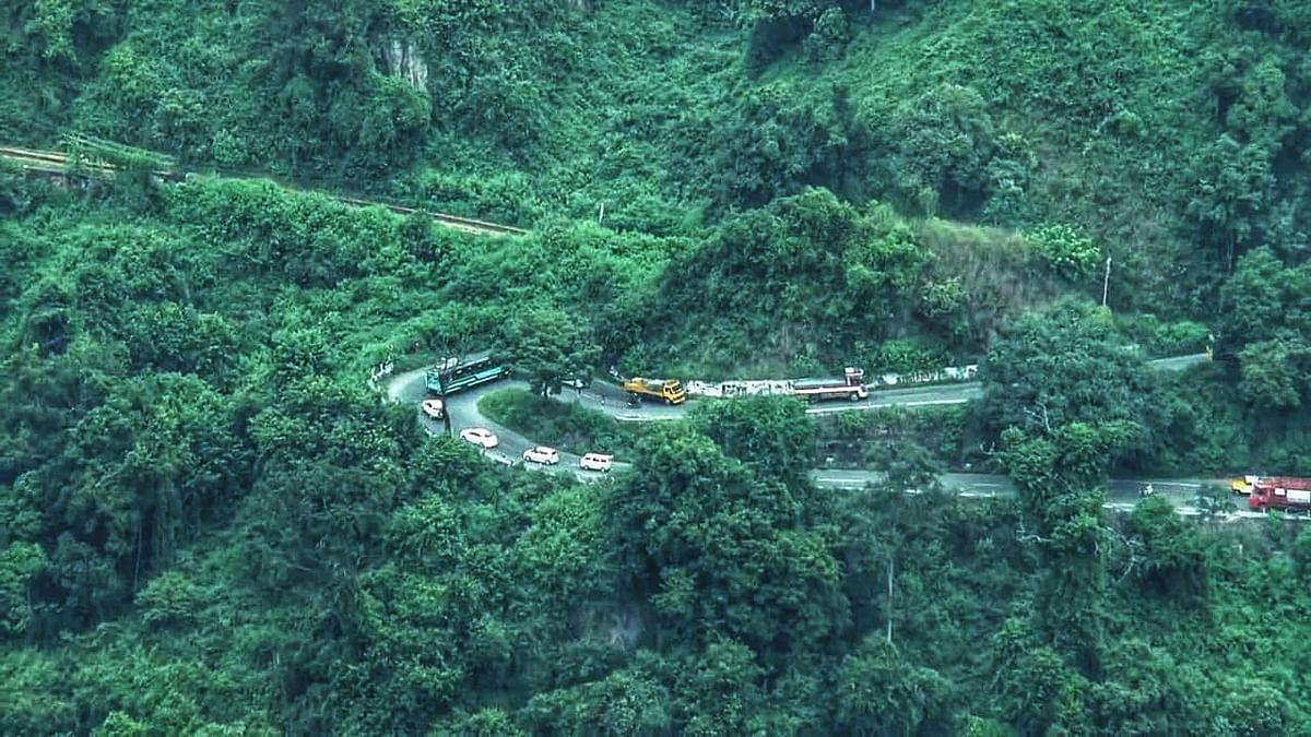 மேட்டுப்பாளையம் குன்னூர் சாலை