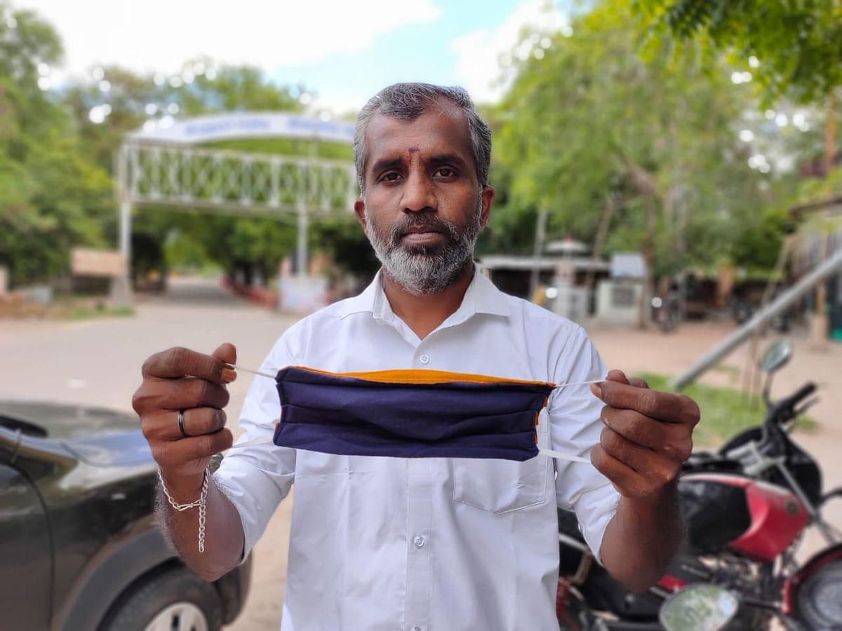 `வாசம் வீசும் வெட்டிவேர் மாஸ்க்; மீண்டும் மீண்டும் பயன்படுத்தலாம்!' -சமூக ஆர்வலரின் அசத்தல் முயற்சி