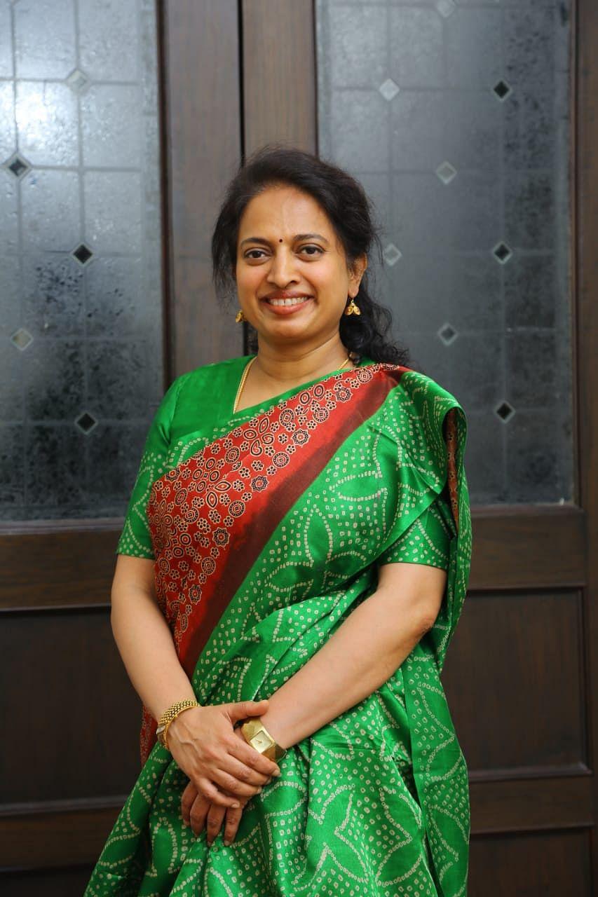 ஹேமா சதீஷ்