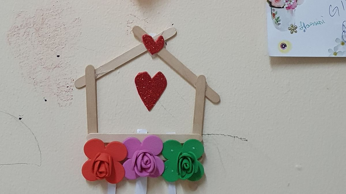Home popsicle stick craft