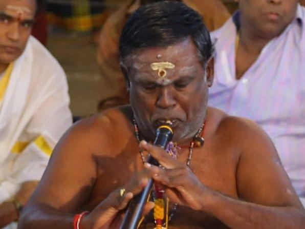 `தன் அய்யனை இசையால் குளிப்பாட்டுகிறான்!' - கமல் பாராட்டிய நாதஸ்வரக் கலைஞர் பில்லப்பன்