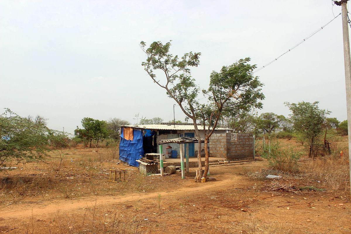லோகநாதன் தற்போது வசிக்கும் இடம்