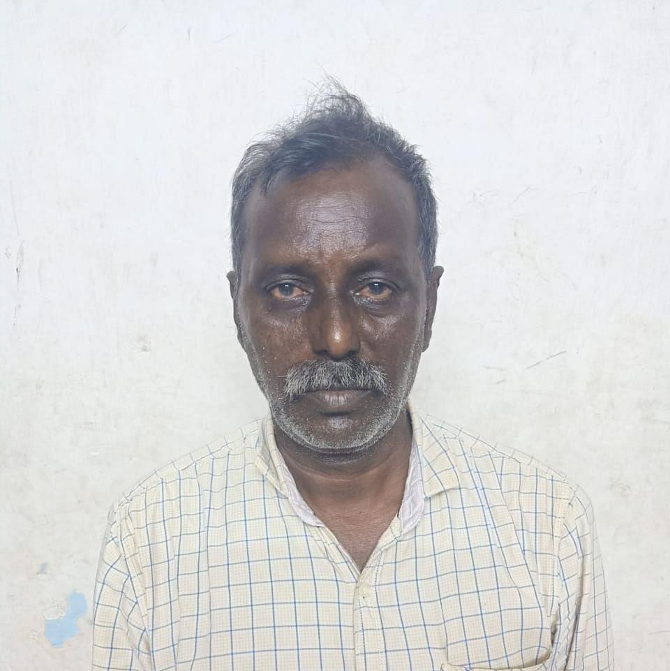 சஸ்பெண்ட் செய்யப்பட்ட எஸ்.ஐ பிரபாகரன்