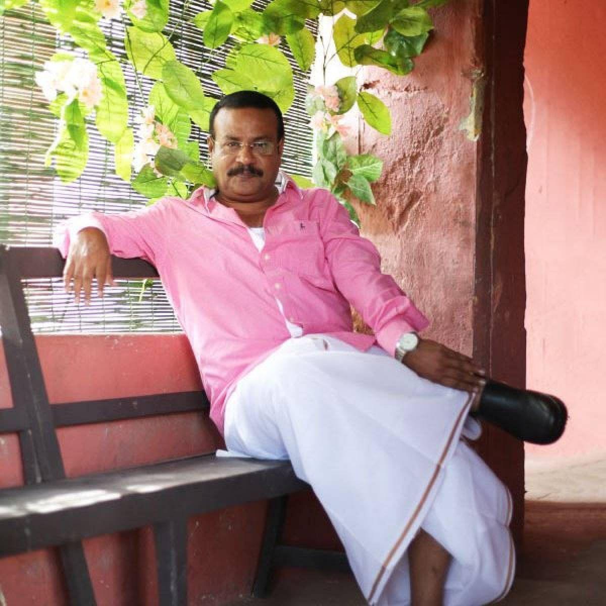 நடிகர் இளவரசு