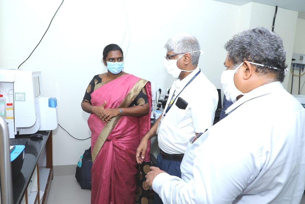 கொரோனா வார்டில் ஆய்வு செய்த ராணிப்பேட்டை கலெக்டர்
