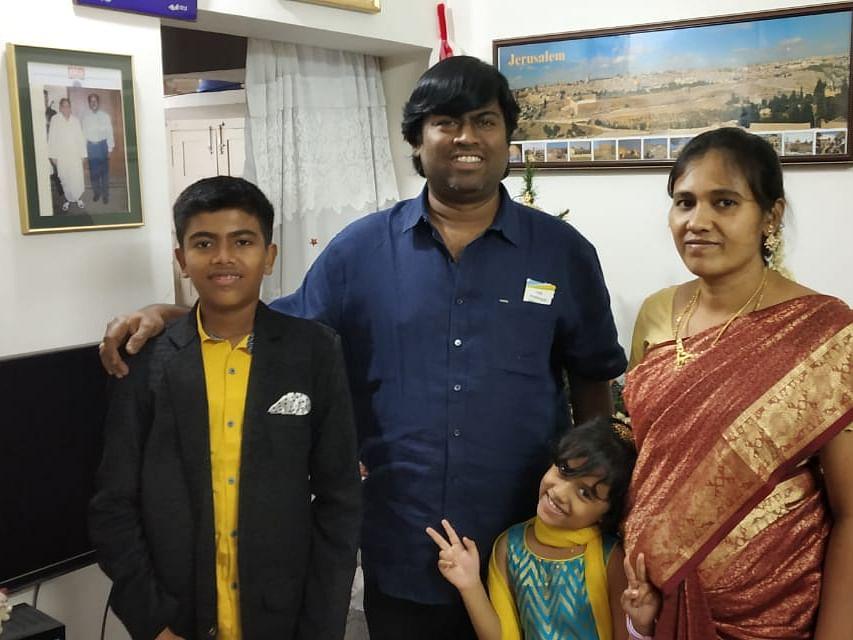 """``48 குழந்தைகளுக்கு அம்மா நான்"""" - நெகிழும் நடிகர் ஜார்ஜ் விஜய்!"""