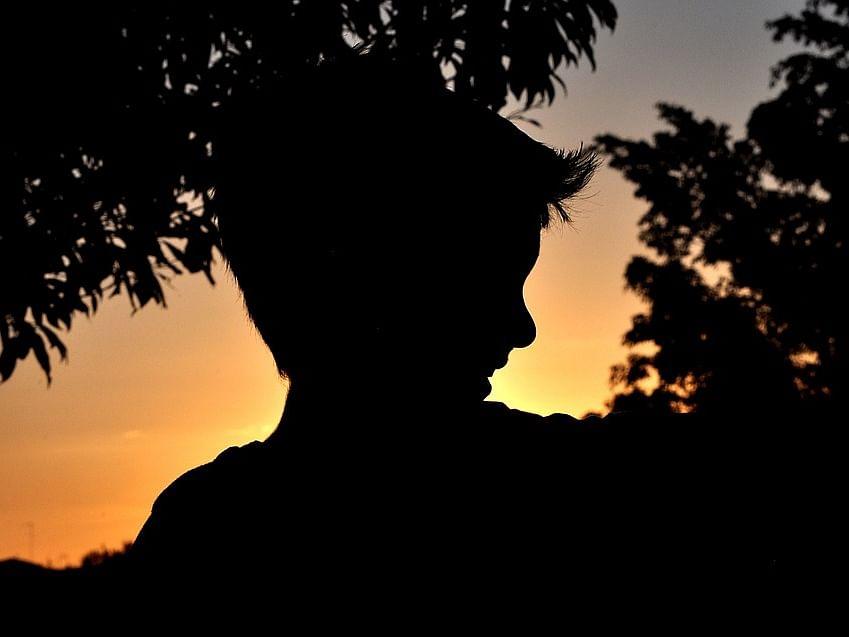 நொய்டா: `ரிவர்ஸில் வந்த கார்; வாய்க்காலில் வீசப்பட்ட உடல்' - சிறுவனுக்கு நேர்ந்த கொடுமை