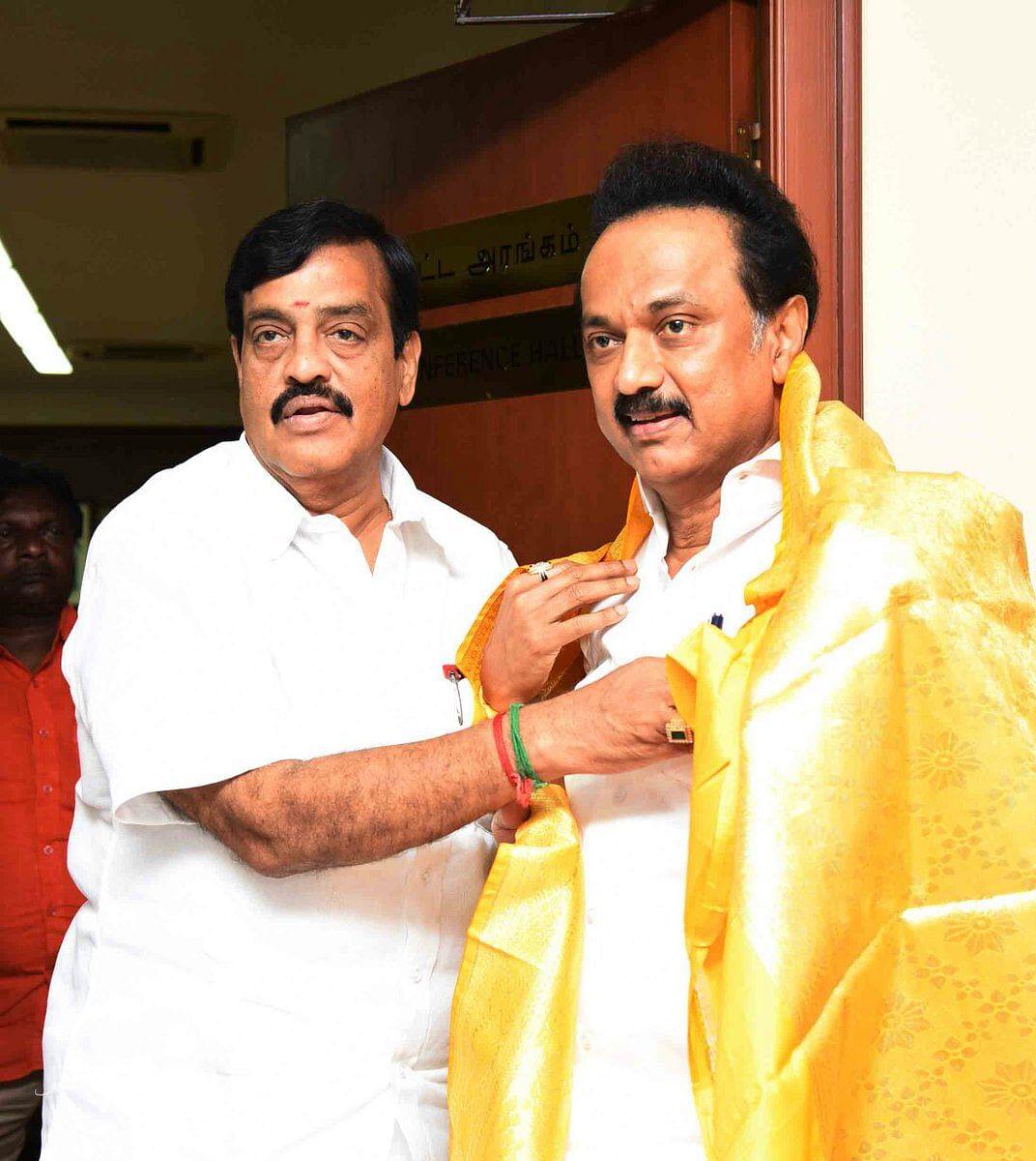 ஸ்டாலினுடன் எம்.கே.மோகன்