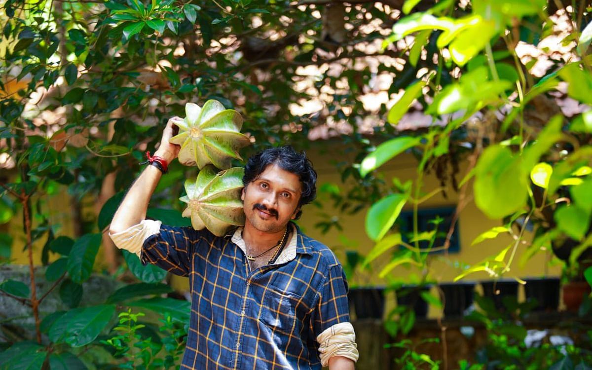 700 வெளிநாட்டுப் பழ மரங்கள்... கேரள விஞ்ஞானியின் வித்தியாச விவசாயம்!