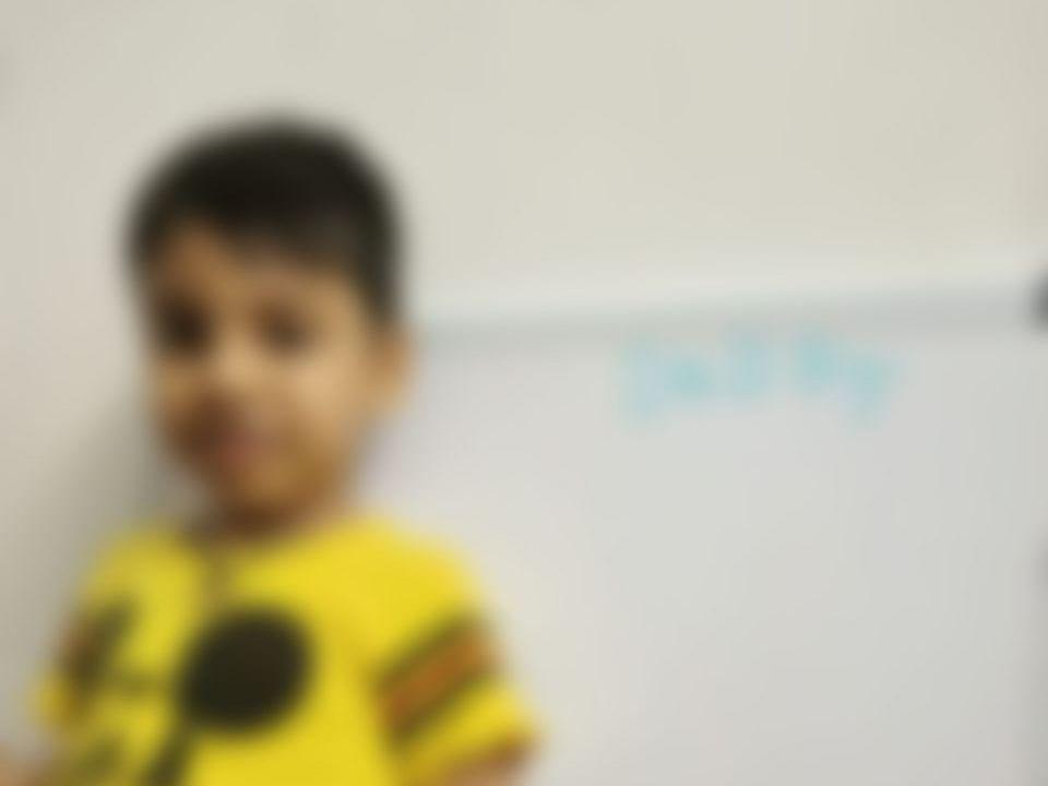 திருப்பூர்: `போலீஸுக்கு இந்த விளம்பரம் தேவையா?' - அதிர்ச்சி கொடுத்த கணவன், மனைவி சண்டை