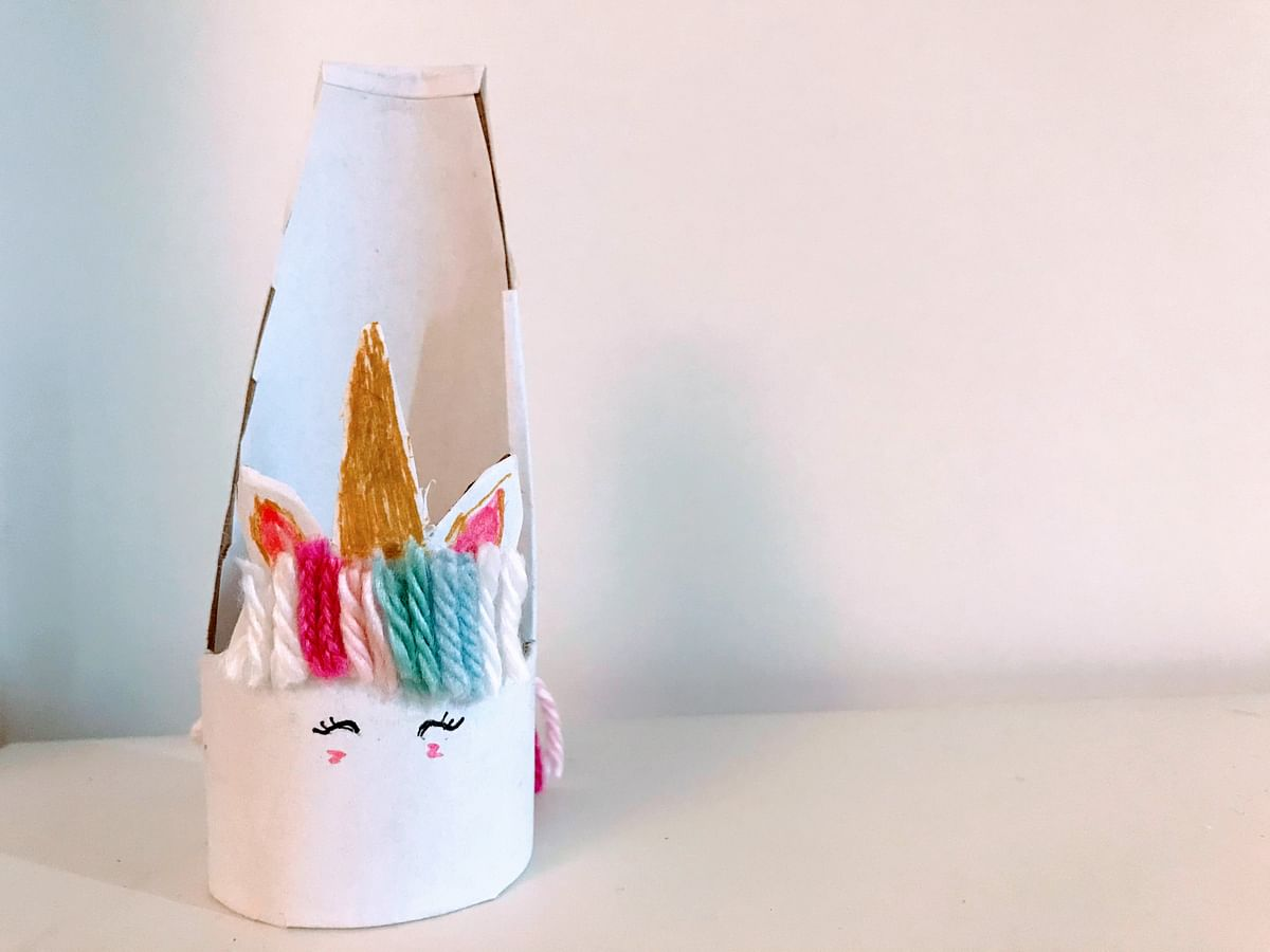 Toilet paper roll Unicorn  phone stand