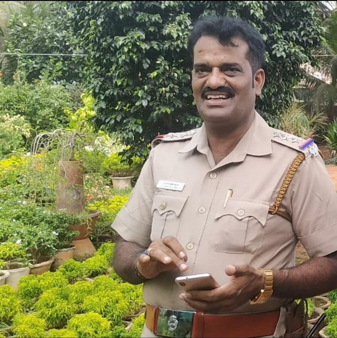 கோட்டாறு காவல் ஆய்வாளர் செந்தில் குமார்