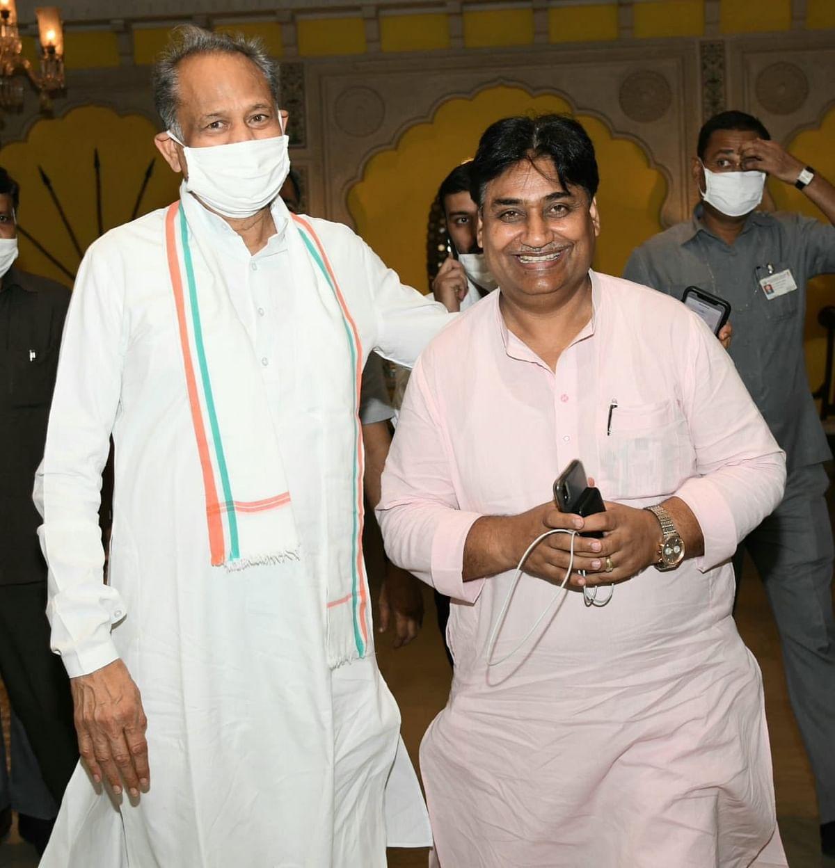 Ashok gehlot with Govind Singh Dotasara