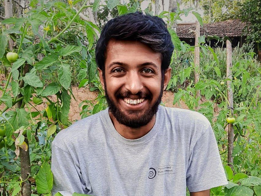 16 வயதில் இயற்கை விவசாயம்... 23 வயதில் கேரளத்தின் முன்மாதிரி இளைஞர்- சாதித்த சூரஜ்!