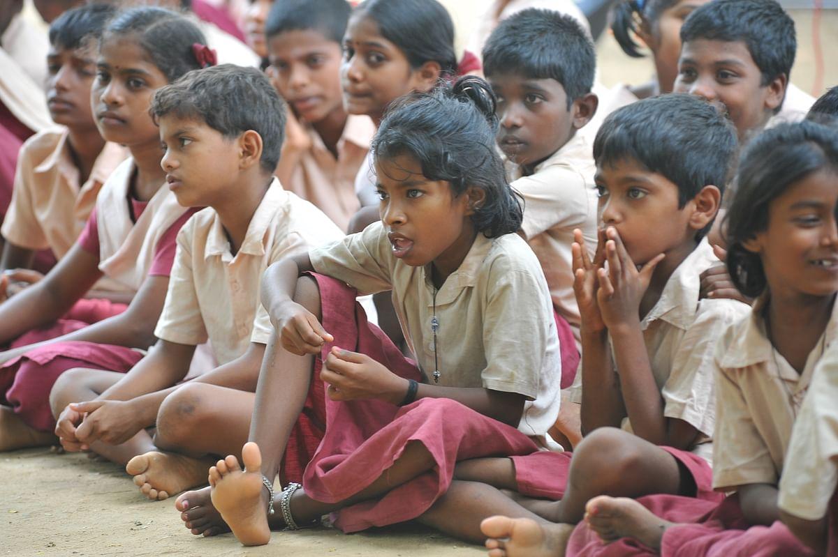 அரசுப் பள்ளி மாணவர்கள்