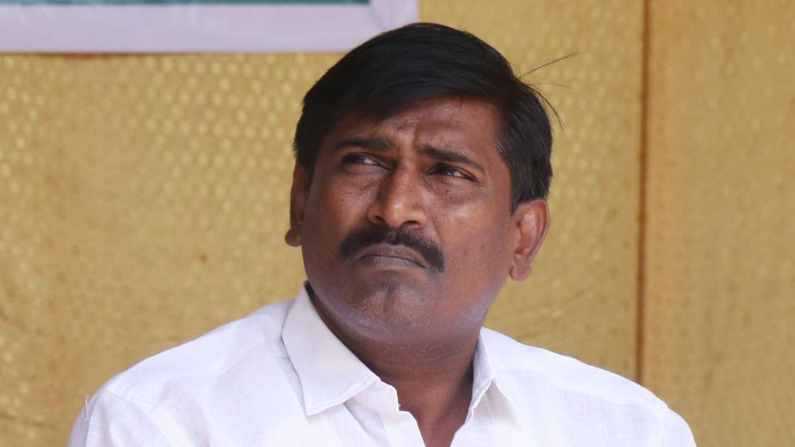 சதன் பிரபாகர்