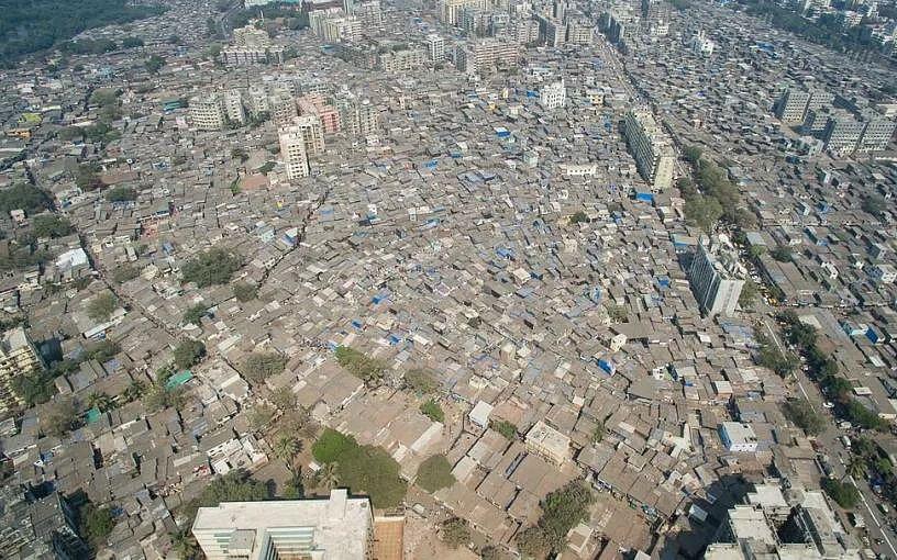 மும்பை: `குடிசைப் பகுதிகளில் கொரோனா பாதிப்பு அதிகம்!' - ஆய்வில் தகவல்