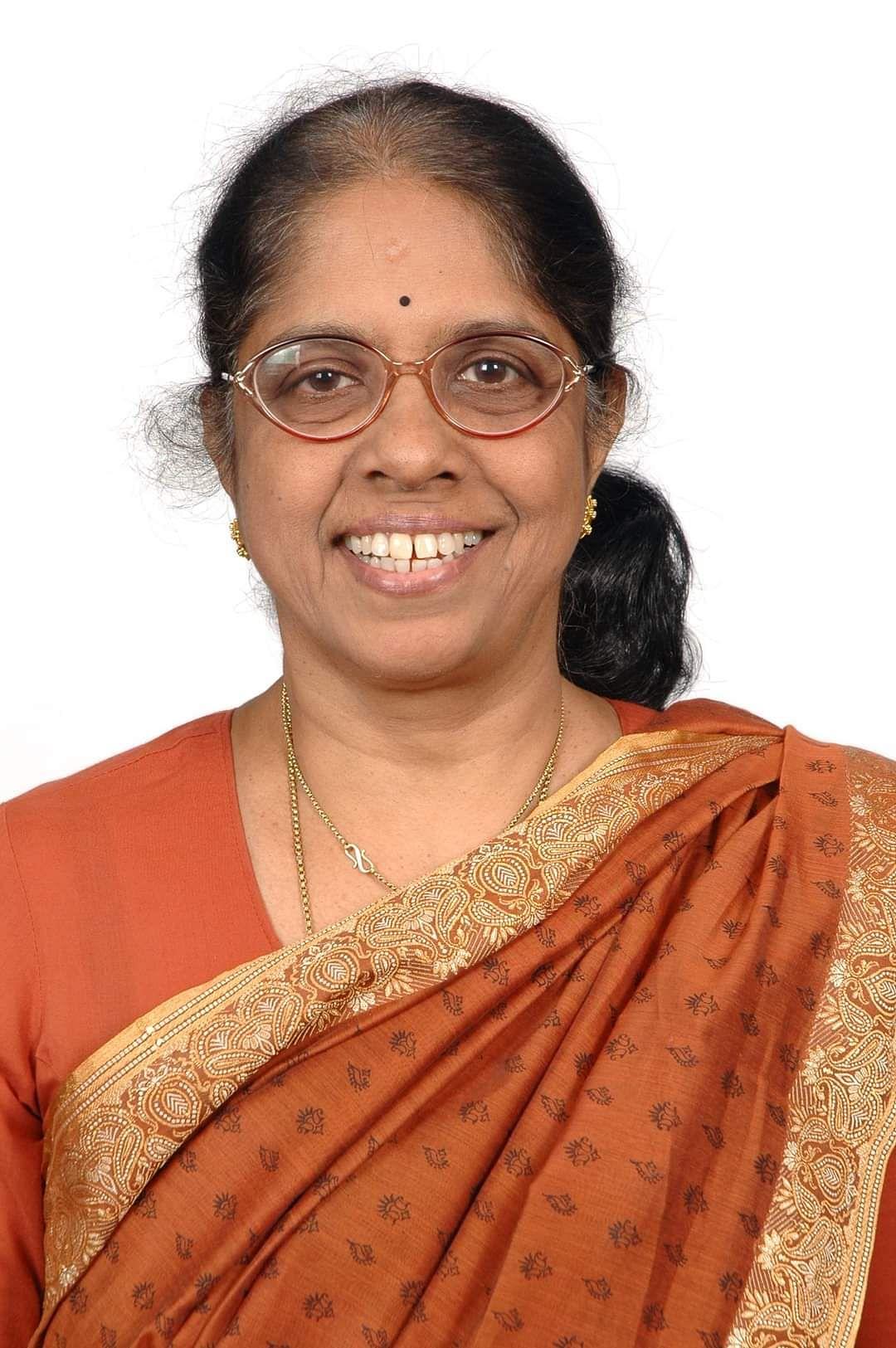 டாக்டர் சரளா கோபாலன்