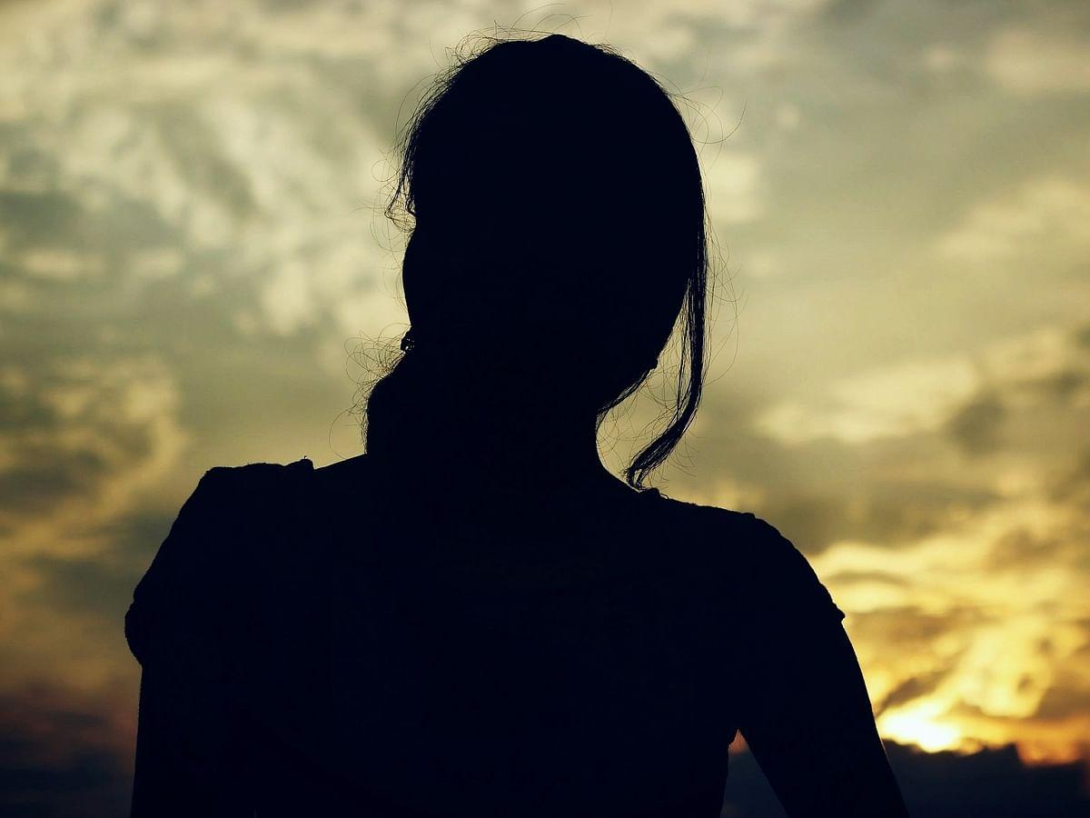 குடும்ப பிரச்னையில் கைக்குழந்தையை அடித்த தாய்; வைரல் வீடியோவால் போலீஸ் விசாரணை!