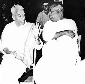 தயாரிப்பாளர் ஏவி.மெய்யப்பன்   எஸ்.எஸ்.வாசன்