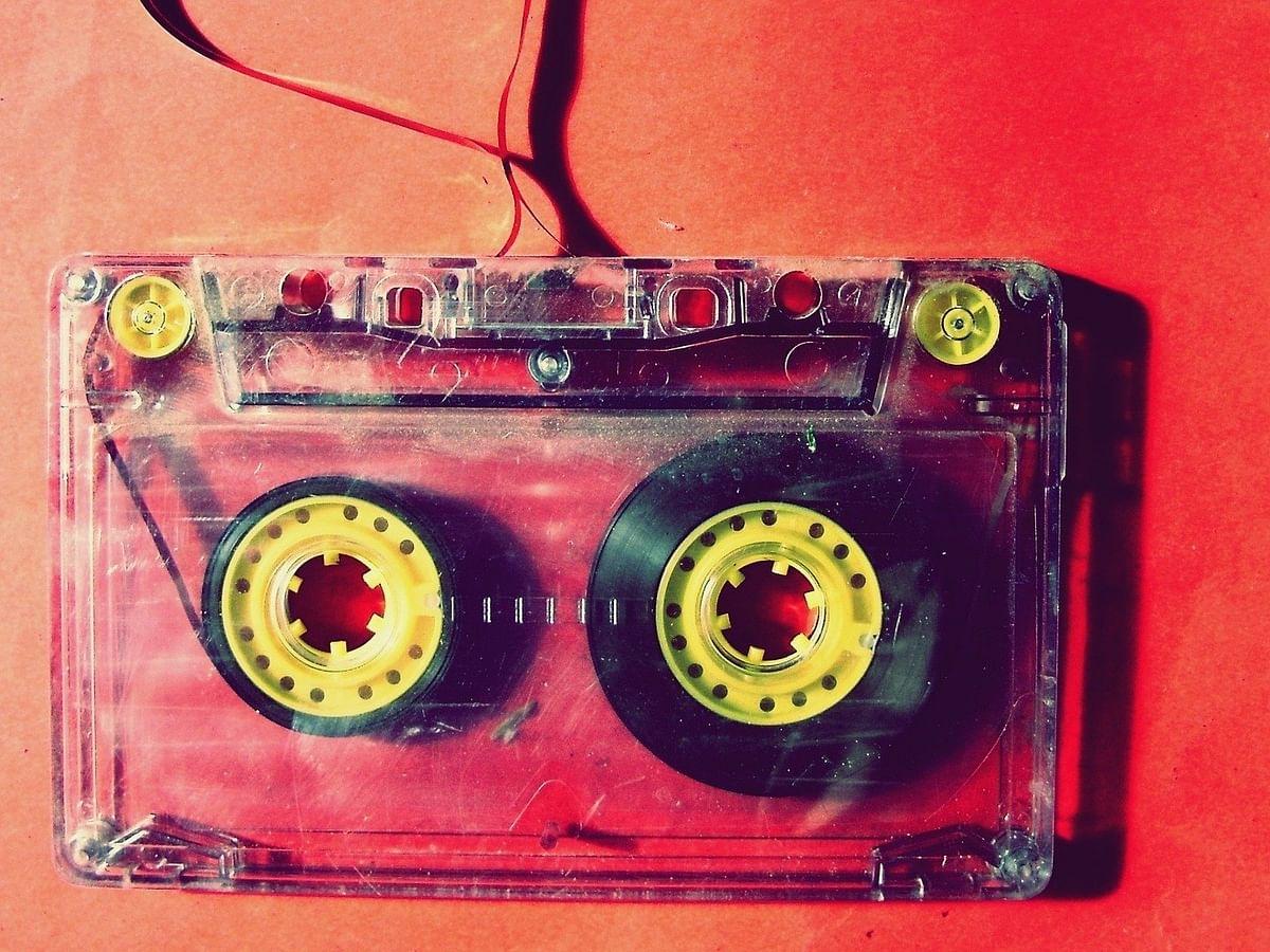 பாட்டு புக், டேப் ரெக்கார்டர்..! - சினிமா உலகின் எவர் கிரீன் காலகட்டம் `1980s' #MyVikatan