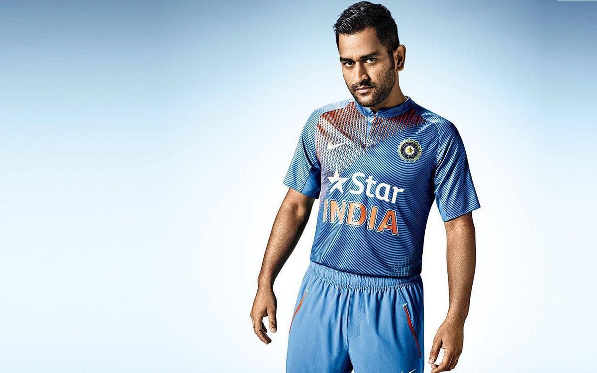 தோனி இந்திய அணிக்குள் எப்படி வந்தார், அவரைக் கொண்டுவந்தது யார்?! #Dhoni