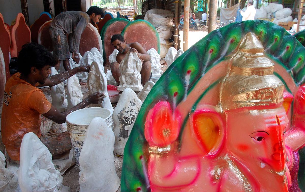 பிரதிஷ்டைக்கு தயாராகும் விநாயகர் சிலைகள்