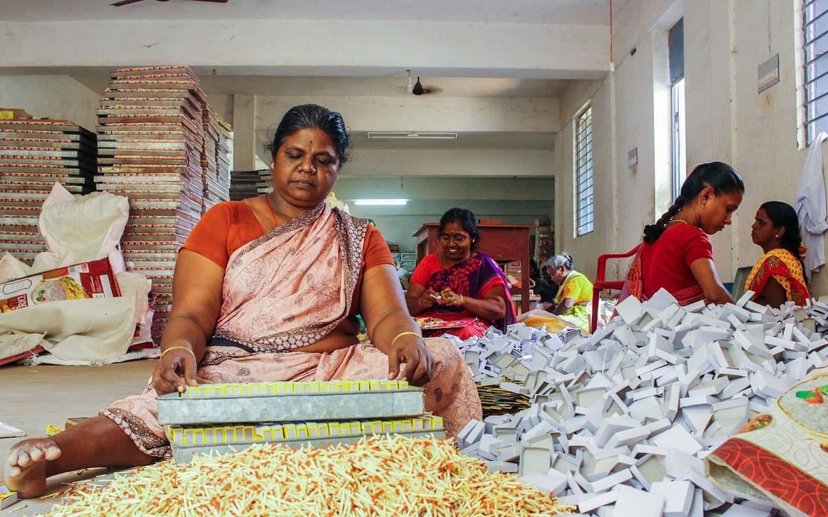 `வடமாநிலங்களில் கனமழை; ரூ. 300 கோடி சரக்கு தேக்கம்!' -கலங்கும் தீப்பெட்டி உற்பத்தியாளர்கள்