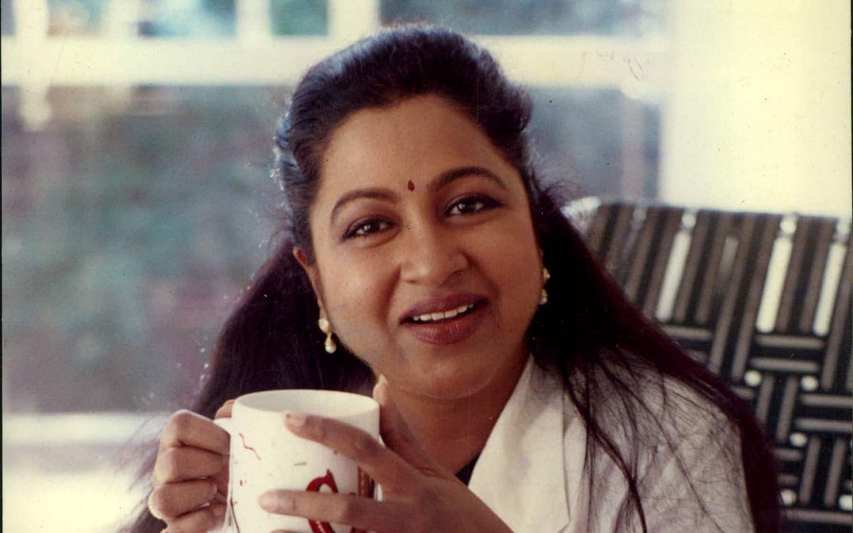 ராதிகா... 80'ஸ் மட்டுமா, மில்லினியல்ஸுக்கும் இவரைப் பிடிக்கும்... ஏன் தெரியுமா? #42YearsofRadhika