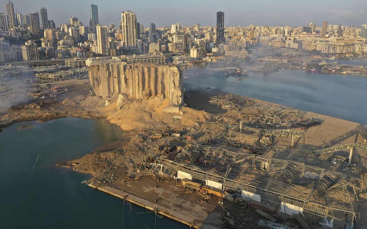 BeirutBlast: `வீடுகளை இழந்த 3,00,000 மக்கள்?!' - கடும் பாதிப்பில் லெபனான்