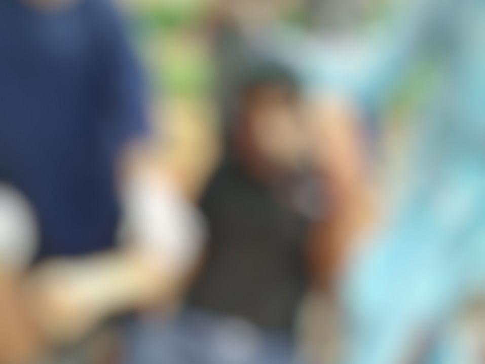 தேனி: மனைவி, குழந்தையைப் பார்க்க முடியல! கொரோனா சிகிச்சை மைய மாடியிலிருந்து குதித்த இன்ஜினீயர்