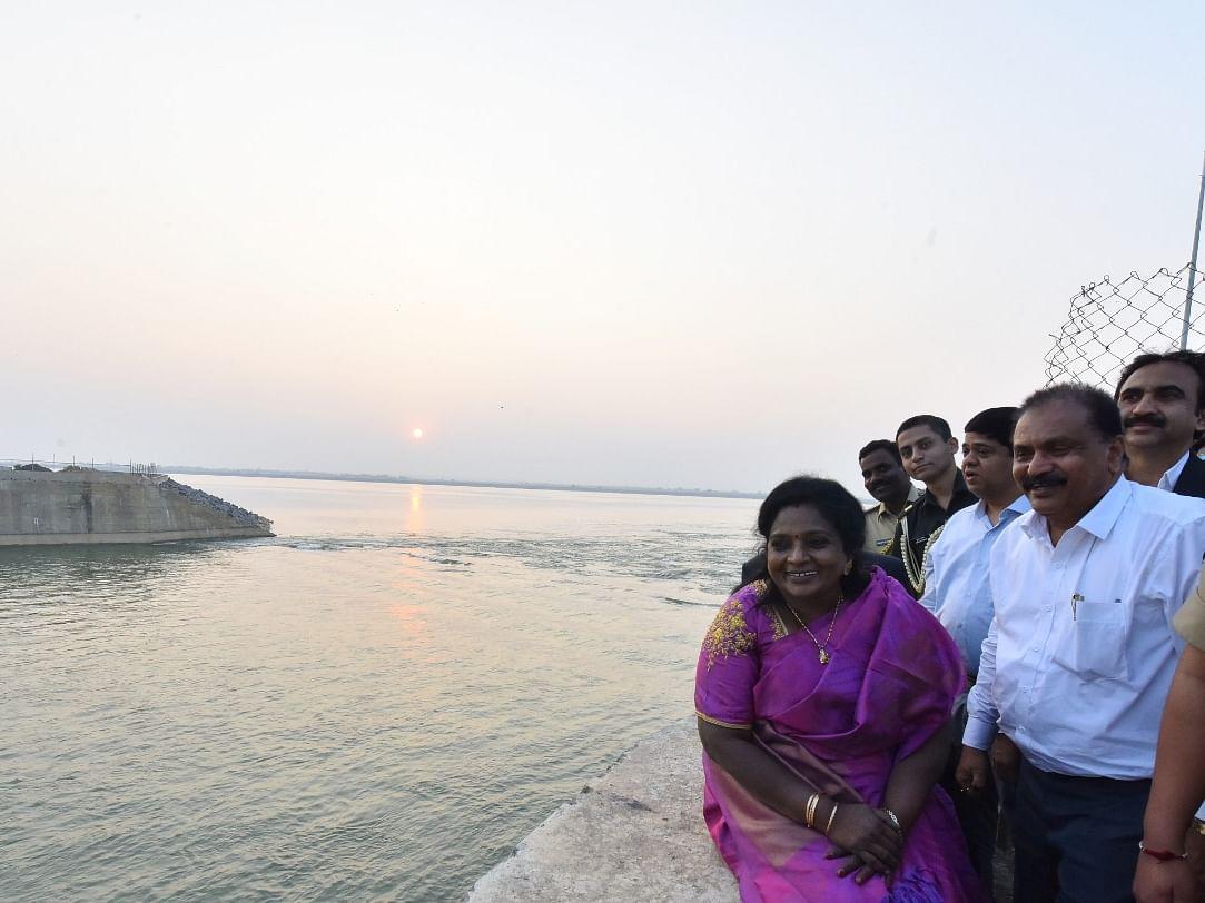 கோதாவரி - காவிரி நீர்ப்பங்கீடு... தமிழிசையால் தமிழகத்துக்கு வரப்போகும் புதுத் திட்டம்!