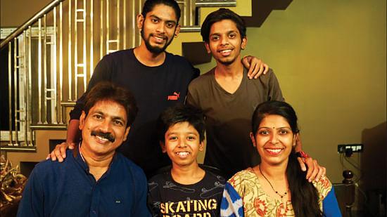 ரவி ஷங்கர் குடும்பத்தினர்