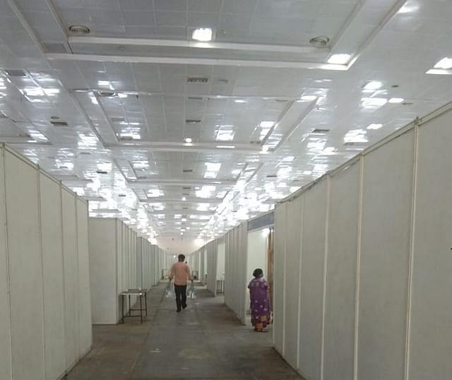 சென்னை வர்த்தக மையம் முகாம்