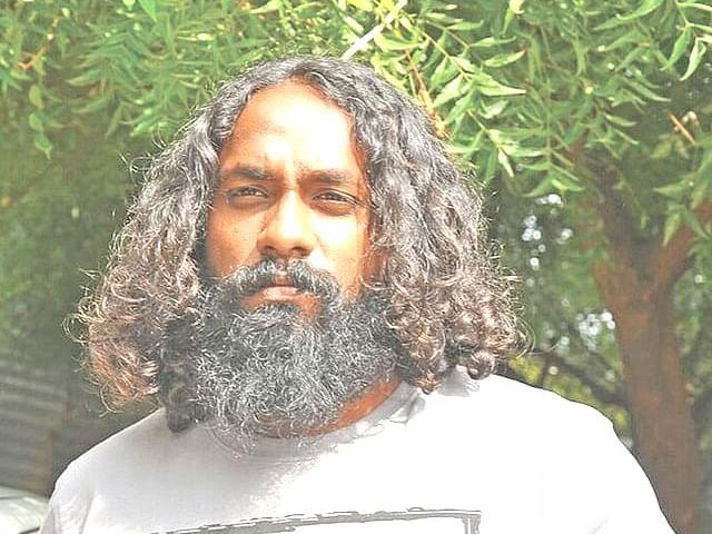 வேலூர்: `பிரகடனப்படுத்தப்பட்ட குற்றவாளி!' - ரௌடி ஜானியை எச்சரித்த போலீஸ்